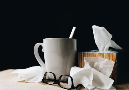 Tea, glasses, tissues.